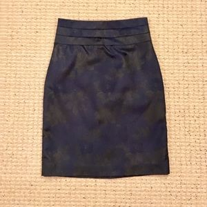 H&M Navy and Black Floral Pencil Skirt